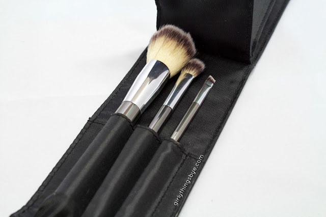 It Cosmetics Heavenly Luxe 6-piece brush set with travel case