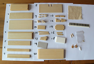 All about dollhouses and miniatures piano en kruk gemaakt for Poppenhuis bouwen