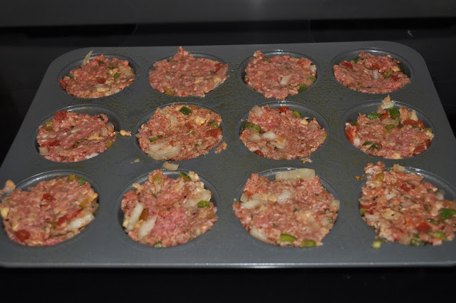 MUFFIN, MEATLOAF, MEAT, GROUND BEEF, DINNER, RECIPES, WEEKNIGHT, QUICK, EASY