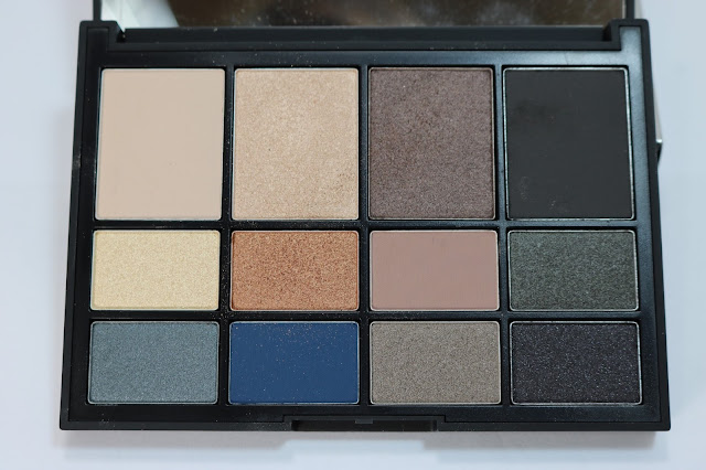 L'amour, Tojours L'amour Eye Shadow Palette