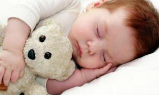 Tips Agar Bayi Tidur Nyenyak dan Teratur
