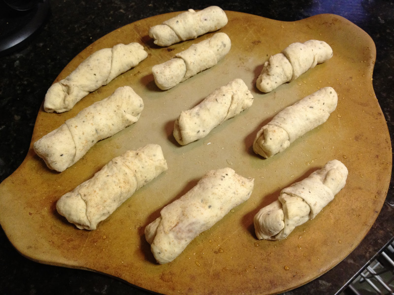 Serve these homemade pizza rolls with warmed pasta sauce or ranch ...