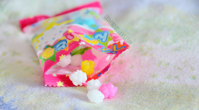 The September 2015 Skoshbox DEKAbox included a bag of traditional Japanese Kompeito rock candies, a cute and sweet snack.