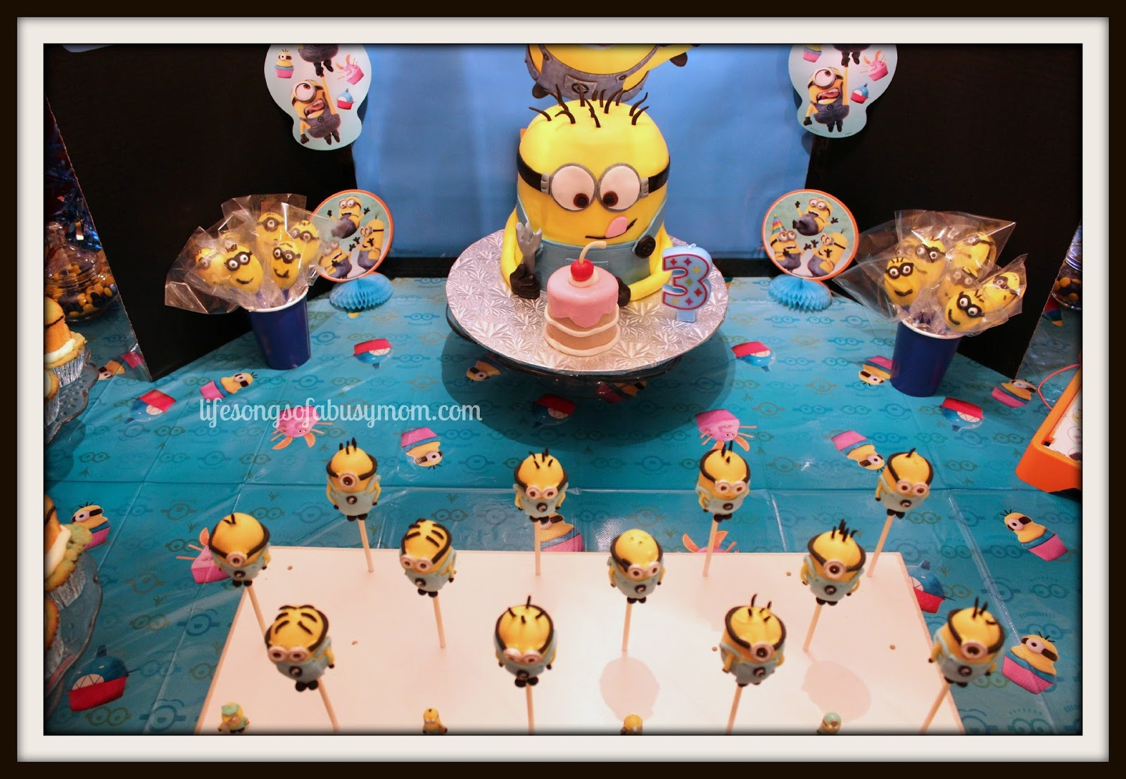 Life Songs Of A Busy Mom: Despicable Me Minion Birthday Party