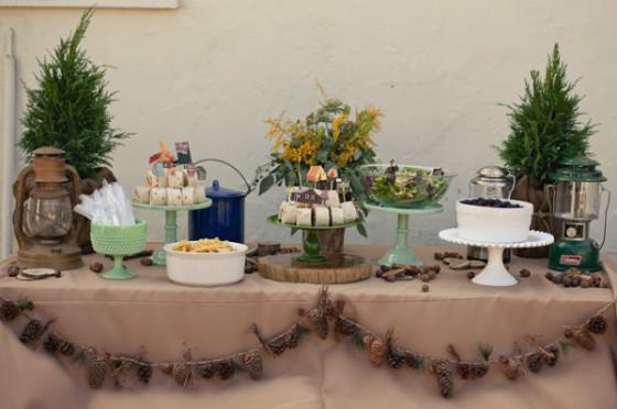 otoño_fiestas_foto_imagen_mesa_dulce_invitados_piñas_pinecor_garland_guirnalda