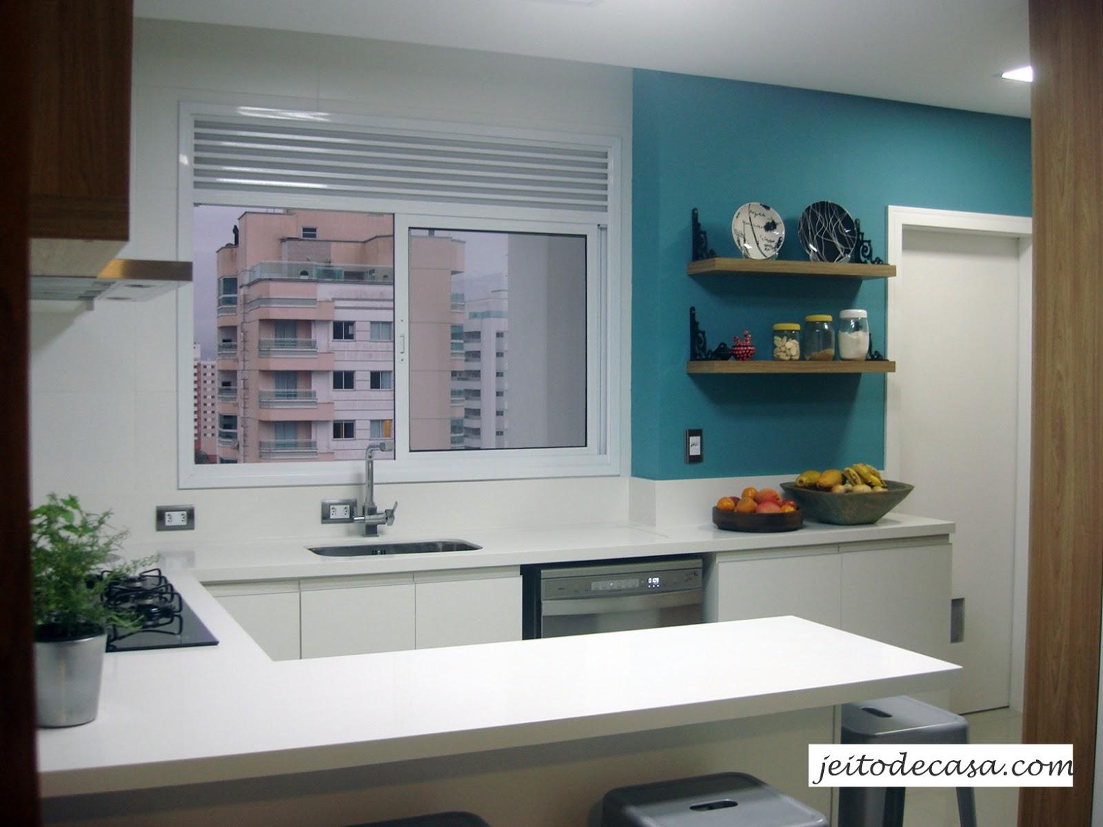 #2B4E5B 1000  images about cozinhas on Pinterest Madeira Arquitetura and  586 Janelas Em Madeira Para Cozinha