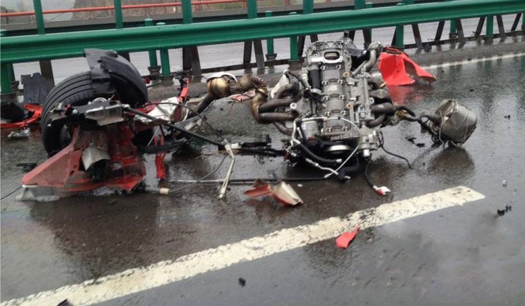 car i Acidente com Duas Ferrari na China
