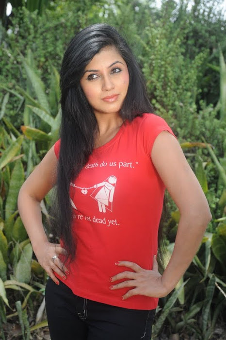aarti puri cute stills