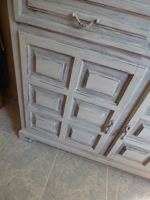 - Muebles pintados en plata ...