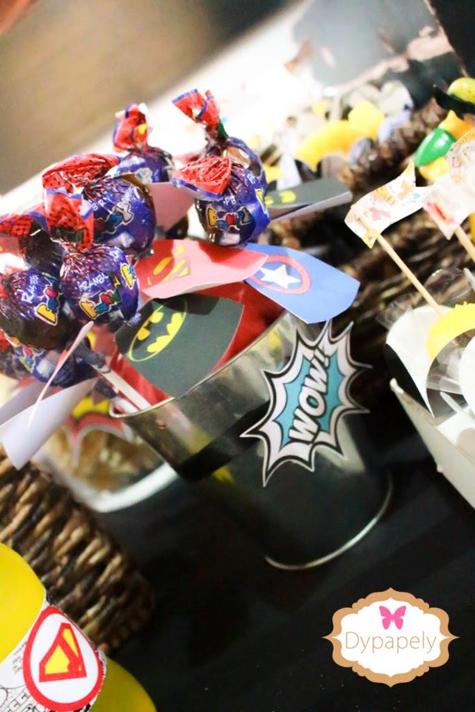 personalizados, super heróis, papelaria personalizada para festa de menino, festa de menino super heróis, festa de super heróis, batman, super homem, hulk, capitão américa, homem aranha, festa de menino, 3 anos, dypapely, papelaria personalizada comics, papelaria para festa, festa de menino, mesa de guloseimas, dessert table