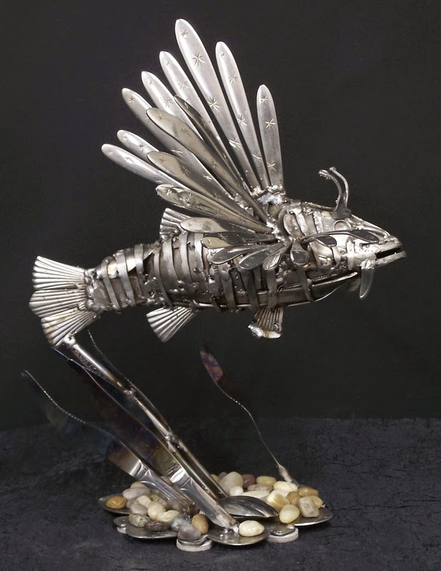 20-Gary-Hovey-Recycled-Cutlery-Sculptures-Knifes-Forks-and-Spoons-www-designstack-co