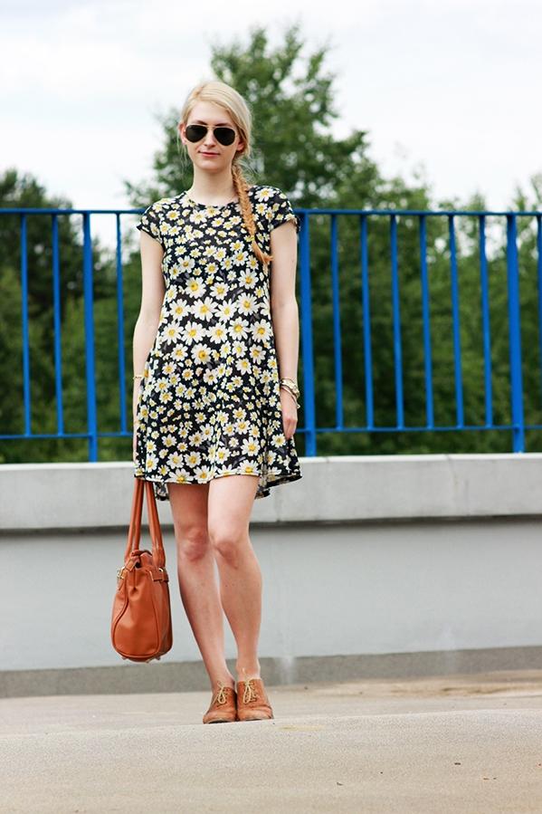 Second hand dress Orsay jacket Prima Moda shoes
