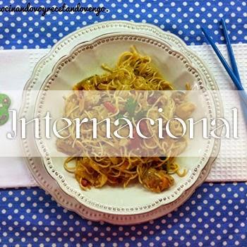 http://www.cocinandovoyrecetandovengo.com/p/internacional.html