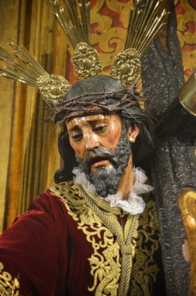 Nuestro Padre Jesús con la Cruz al Hombro - Sevilla