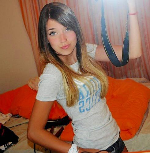 http://3.bp.blogspot.com/-IrH4Ggez_j4/To4GTrEPGYI/AAAAAAAAAn4/i9qs_382ZjU/s1600/Fernanda-Palma-490x500.jpg