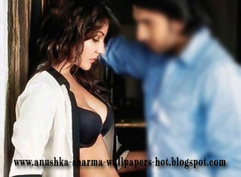 Hot Photoshoot of Anushka Sharma 2012