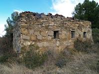 La caseta de control de l'antiga pedrera