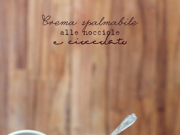 Crema spalmabile alle nocciole e cioccolato