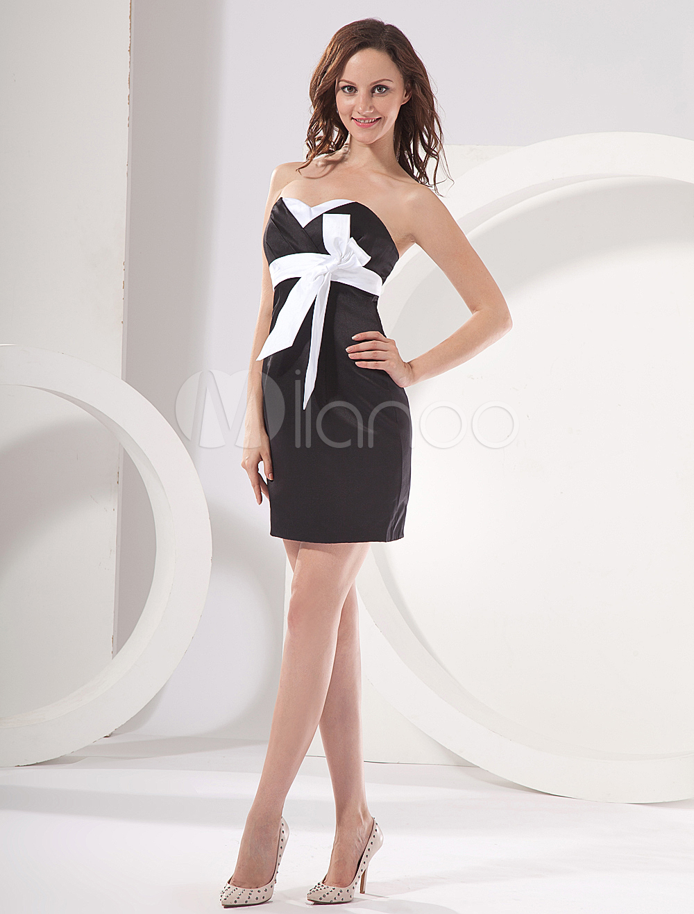 China Wholesale Clothes - Cute Black Sweetheart Neckline Empire Waist Mini Satin Womens Homecoming Dress