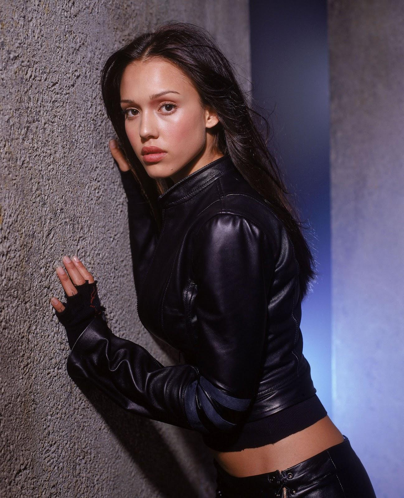 celebrities movies and games jessica alba   dark angel