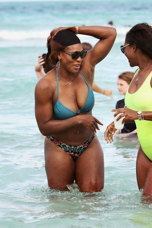 Serena williams boobs