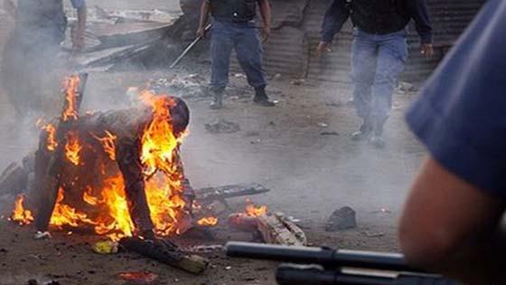 Dibakar Hidup-Hidup Oleh Perusuh Anti Pendatang Asing