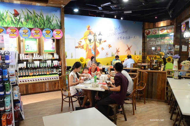 Dining in comfort at Be Lohas Healthy Cuisine