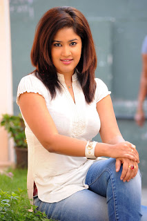 Sowmya in a tight t shirt and denim jeans spicy Pictures