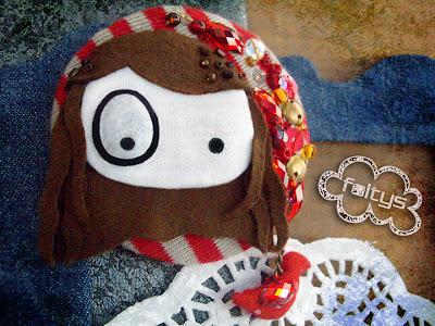 broche personalizado foltys vs pio pio: Lara (100% handmade with ♥)
