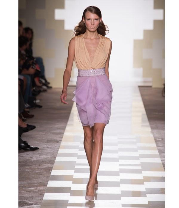 Toni primaverili per l abito da cerimonia collezione 2014 di Matilde Cano 43e348077983