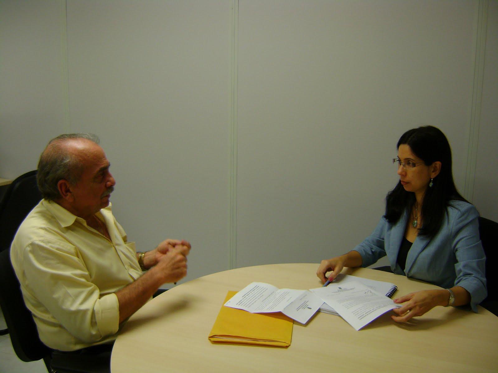 http://3.bp.blogspot.com/-It5EVUwPPdU/TlaQvVBLzII/AAAAAAAADdc/DBuz8bHspfc/s1600/Promotora+Adriana+e+o+Presidente+do+Conselho.JPG