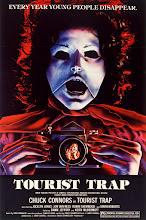 Tourist Trap (1979) [Vose]