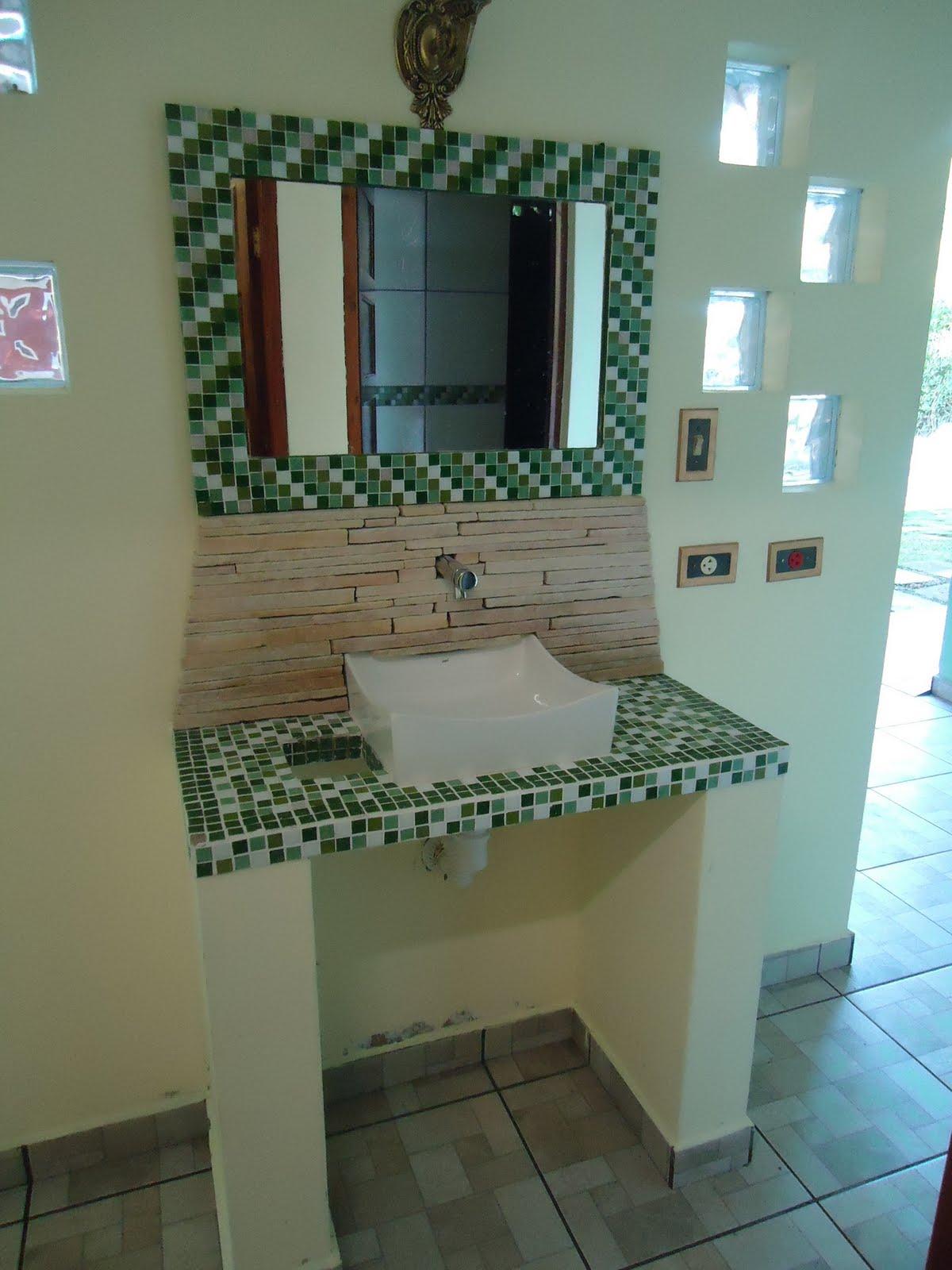 Casa du Mato Área externa -> Pia Externa Banheiro