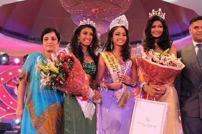 Miss Sri Lanka 2012 Vinu Siriwardane Hot Photos