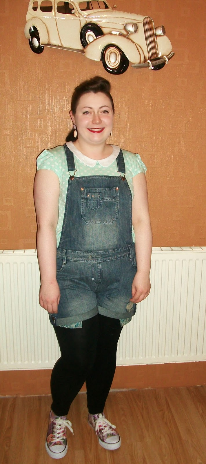 Joe Browns ripped short dungarees, joe browns floral pumps, zoe lianne blog outfit of the day, teddy girl inspired,