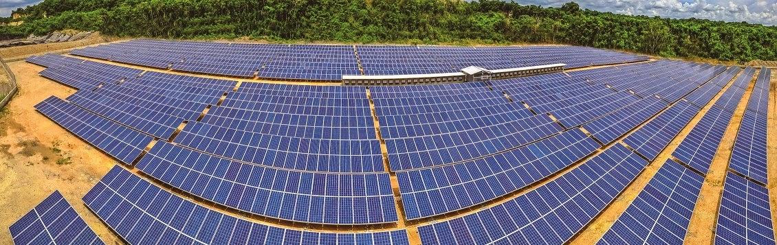 CEMEX construye planta solar para suplir de energía limpia su operación de cemento
