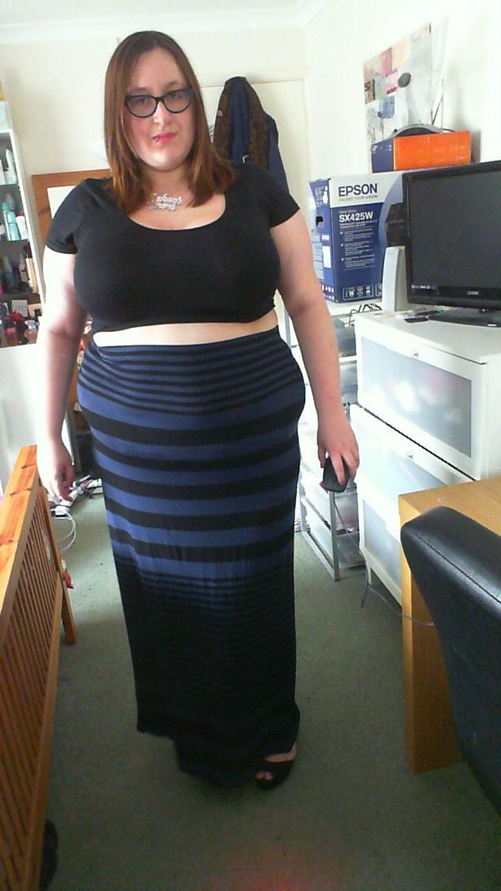 Fat skirt pics