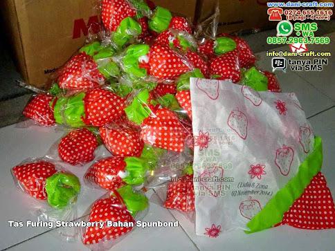 Tas Furing Strawberry Bahan Spunbond Kain Furing Kab Karawang