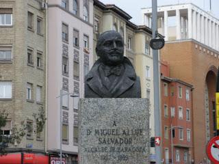 Miguel Allué Salvador  Avenida Goya Zaragoza busto