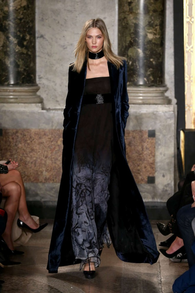 Karlie Kloss walks the Emilio Pucci Fall/Winter 2015 Milan Fashion Week Show