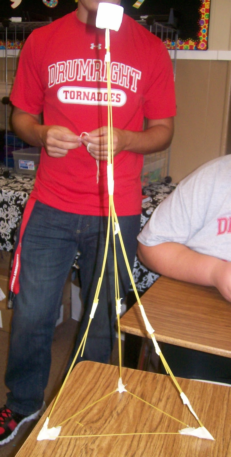 spaghetti marshmallow tower instructions