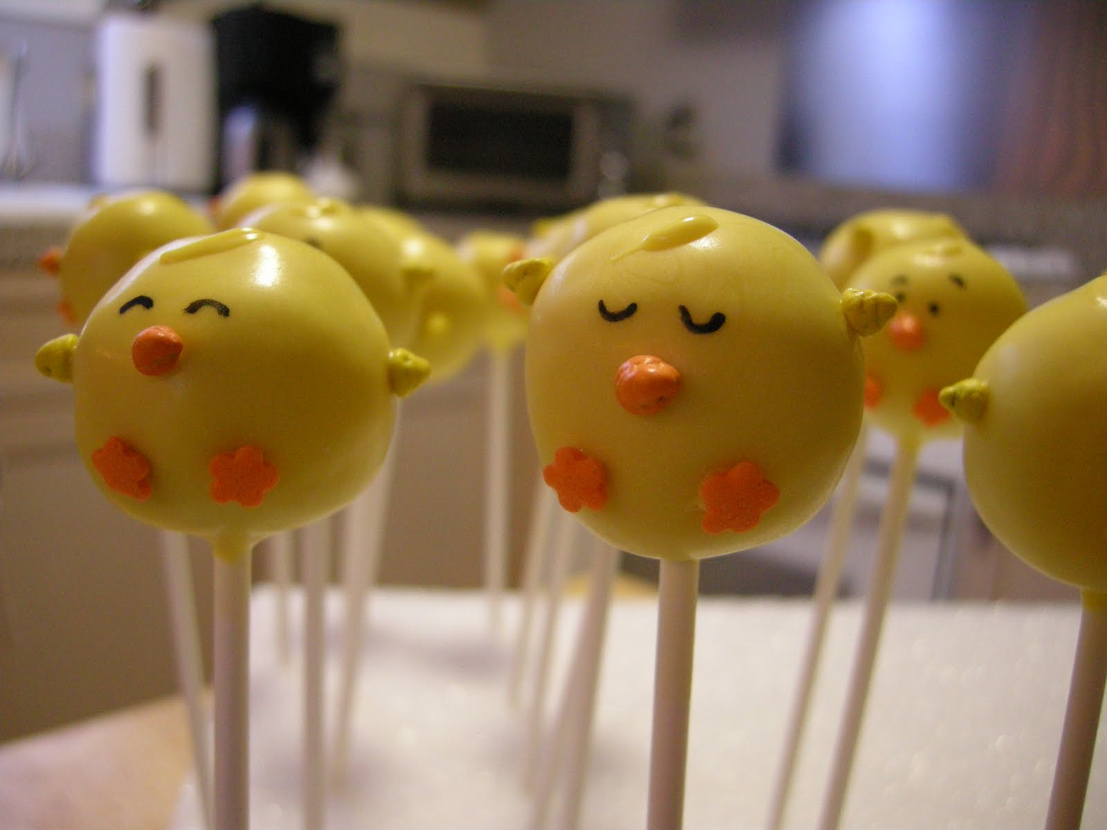 Chick Cake Pops Images : Easter Cake Pops- More Chicks and Pink Bunnies Cake Pop ...