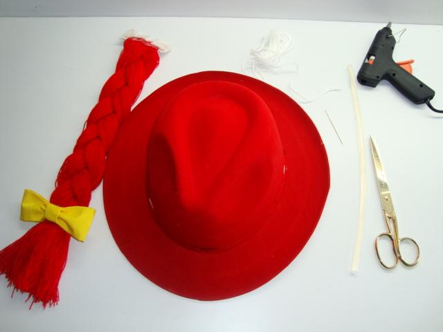 Como hacer el sombrero de jessie de Toy Story - Imagui