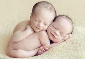 Foto Bayi Imut