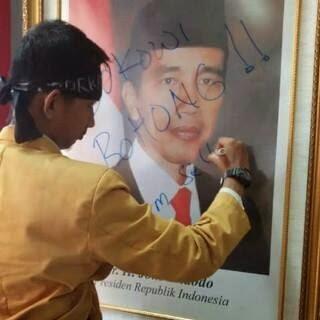 "Mahasiswa Indonesia Turunkan Jokowi gagas ""Gerakan 20 Mei"