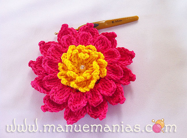 Crochet Patterns Step By Step : ergahandmade: Crochet Flower + Free Pattern Step By Step