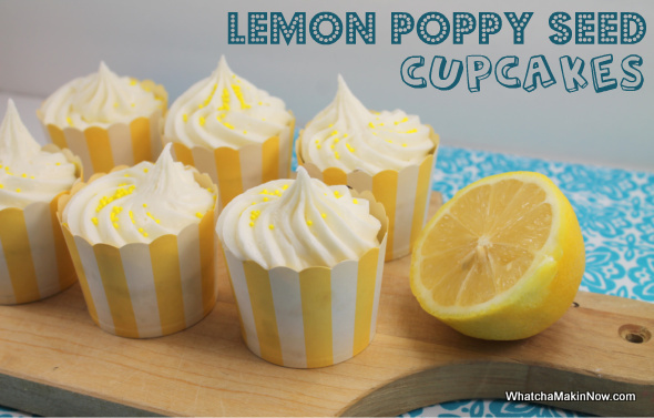 Lemon Poppy Seed Cupcakes w/ Lemon Cream Cheese Frosting - @whatchamakinnow #lemondesserts #recipes