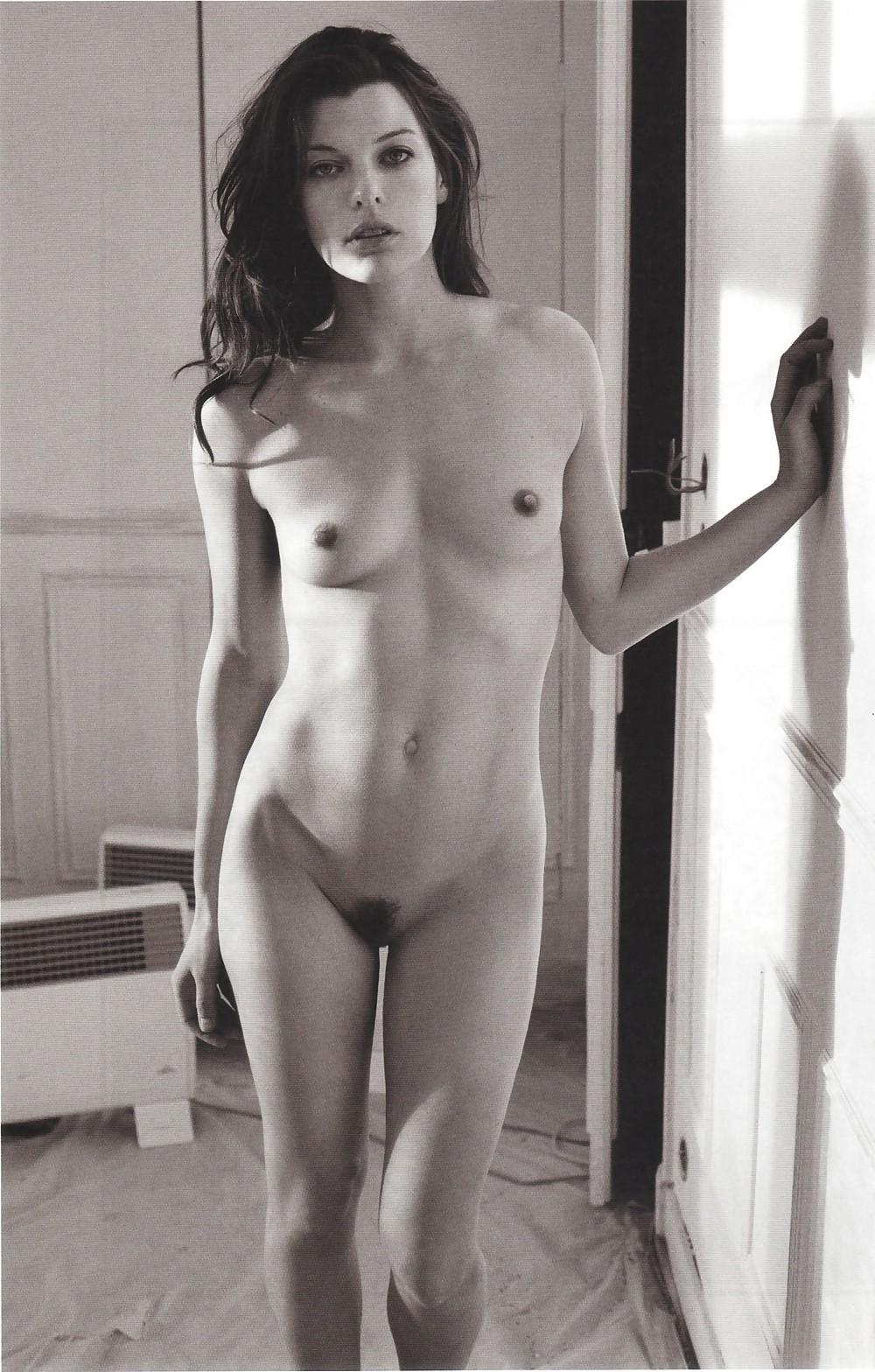 Chiara Scelsi  nackt