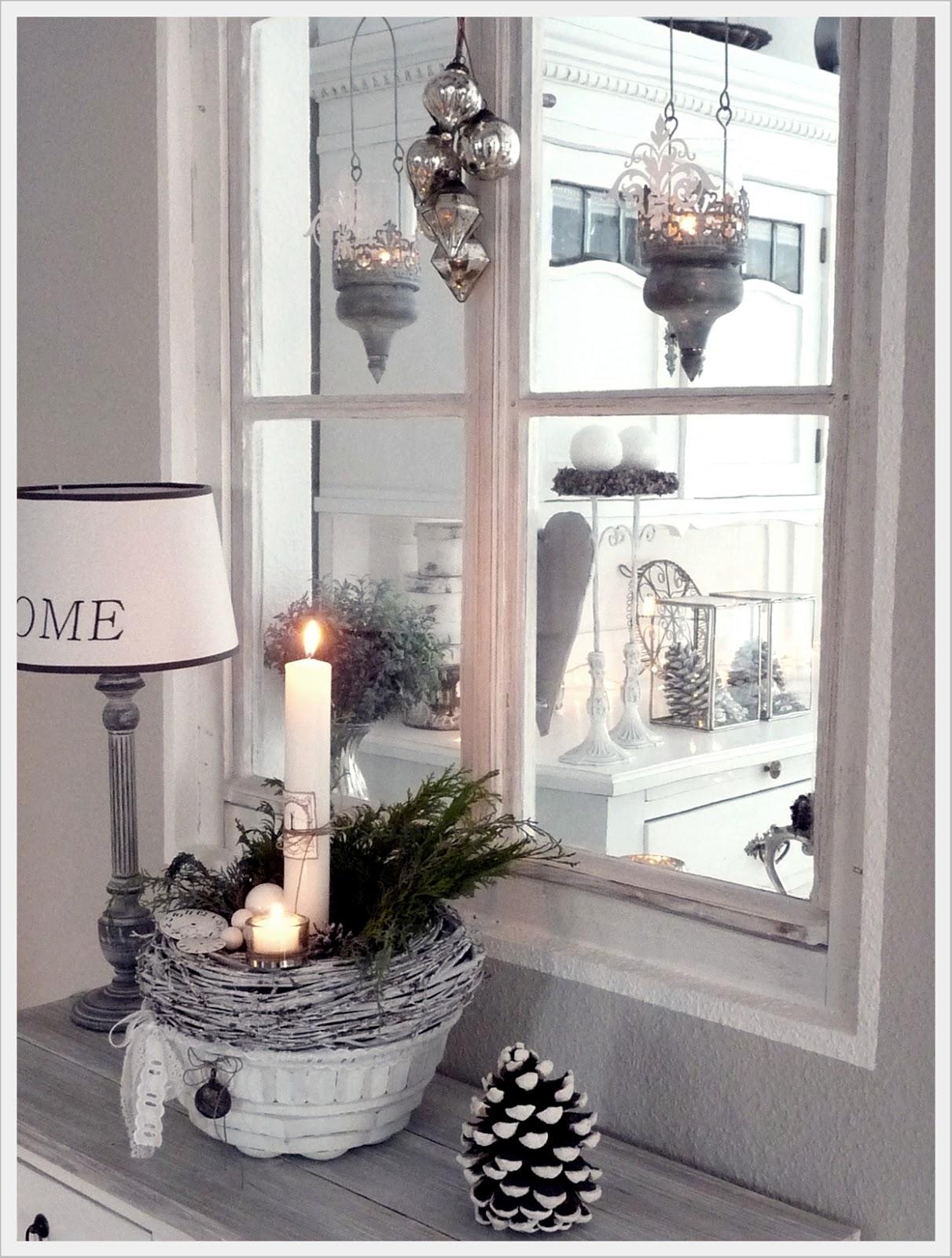 Homely tw o tannebaum for Fensterbank deko weihnachten