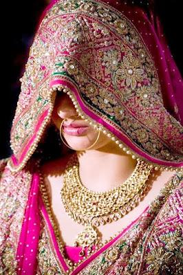 The royal Wedding attire of Rajasthani Bride & Groom